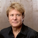 Robert Lamm - Lead Vocals and Keyboards
